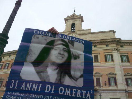 Manifestazione Piazza di Monte Citorio