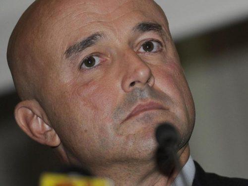 """Gianluigi Nuzzi: """"L'italia e il segreto: dai grandi gialli al Vaticano"""""""