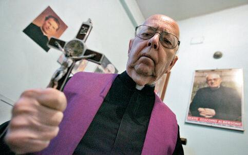 """Padre Amorth: """"Emanuela Orlandi un delitto a sfondo sessuale"""""""