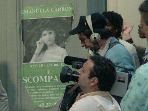 Il manifesto di Emanuela nel film Joan Lui