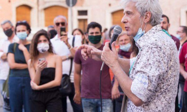Pietro: sollecito papa Ratzinger